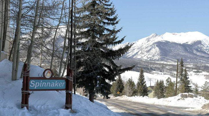 dillon town sign